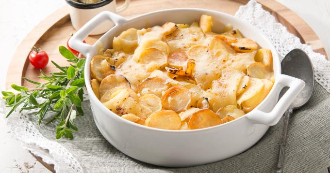 Gratin de pommes de terre Ratte du Touquet au fromage à raclette