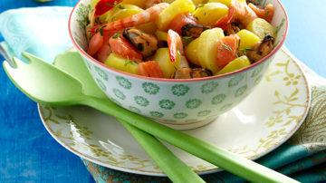 Salade de saumon fumée mariné à l'aneth et pommes de terre